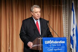Stuart at podium_UJA_052416_496 (002) copy